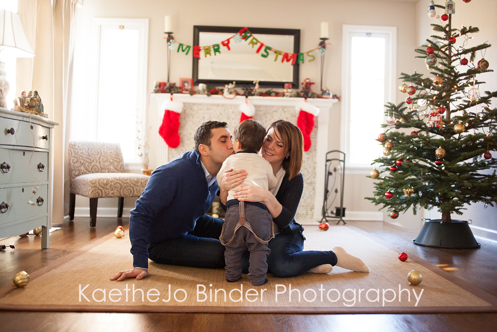 Tacoma family photography in home christmas session with